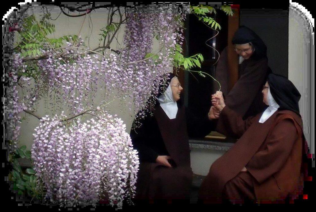 Adoptuj Siostry Karmelitanki – Dzień Życia Konsekrowanego 2019